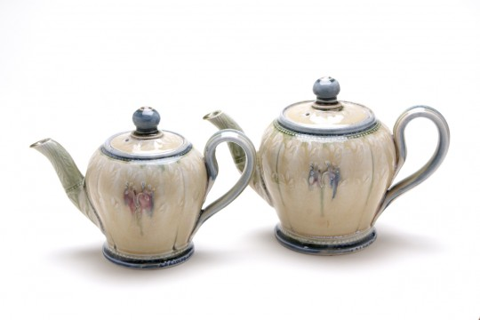 A&J Young Pottery teapot - cream