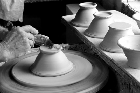 A&J Young Pottery making footed soup & dessert bowls