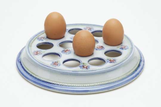 A&J Young Pottery Egg rack with eggs - White